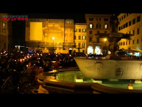 #jesuischarlie, fiaccolata di solidarietà a Piazza Farnese