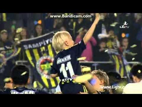 2013-2014 Sezonu Şampiyonu Fenerbahçe! (Kutlamalar)