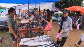 Ban nard Check Point Border Trade - Thai food in thai laos market