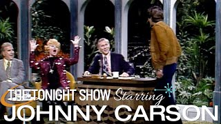 Lucille Ball gets a surprise visit from her son, Desi Arnaz Jr. on Carson Tonight Show - 03/22/1974