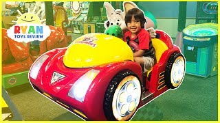CHUCK E CHEESE FAMILY FUN Indoor games and Activities for Kids!