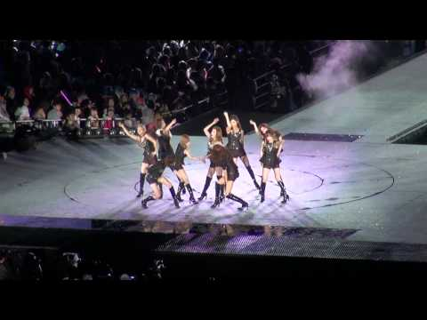 SM Town World Tour 2012: SNSD's