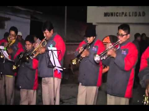 BANDA SHOW FILARMONICA HUASTA - Retreta en Pamparomas (2)
