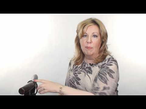 Carol Margolis reviews the Clipa Instant Handbag Hanger
