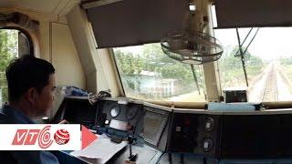 Giây phút thót tim trên khoang lái tàu   VTC