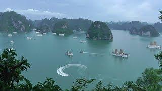 Traveling Vietnam: Hanoi to Halong Bay