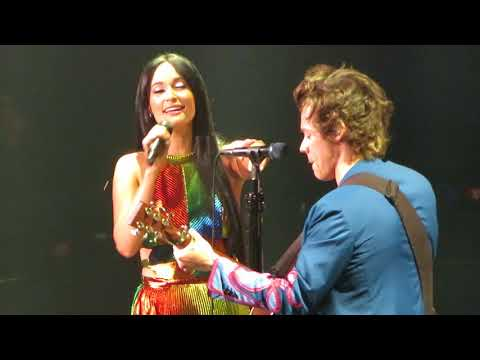Harry Styles and Kacey Musgraves 'You're Still the One' Live at MSG 06/22/18