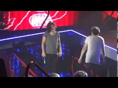 Niall Horan and Harry Styles Best Cute/Funny Moments