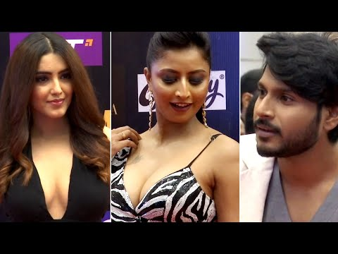Celebrities at SIIMA awards ceremony 2021