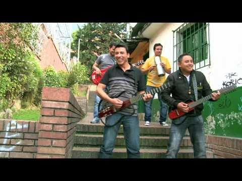 La vecina interesada / Martín Saenz  Grupo Yerbabuena