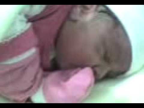 Baixar Um choro de bebê recem-nascido