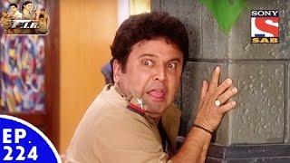FIR - एफ. आई. आर. - Episode 224 - The Scared Raj Aryan