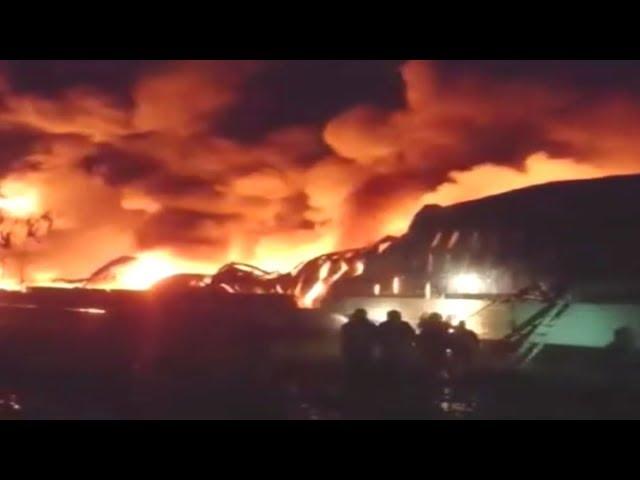 屏東塑膠工廠大火無人傷