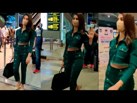 Pooja Hedge spotted at Hyderabad airport, video goes viral