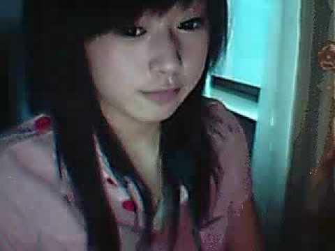 Chinese girl[lan lan 你是我的幸福嗎 cute sing]