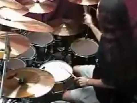 mejor solo de bateria en la historia 20 golpes por segundo  best drum solo ever
