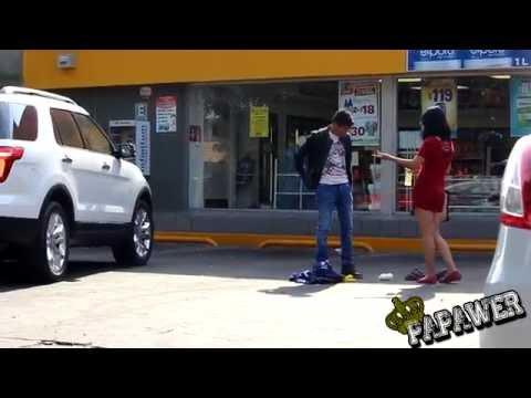 VAGABUNDO DA LECCIÓN A MUJER POR JUZGARLO (INTERESADA)
