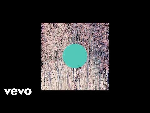 Kiah Victoria - I Ain't Goin Nowhere (Audio)