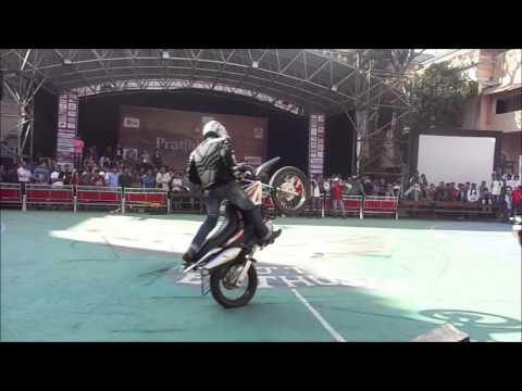 Vjti Bike Stunt during Pratibimb13 performed by HERO MotoCorp