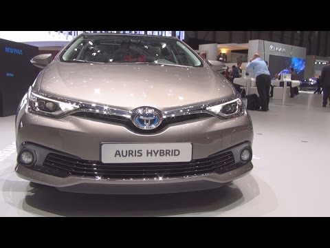 Toyota Auris HSD e-CVT (2016) Exterior and Interior in 3D