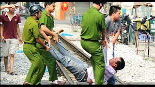 """""""Ma men"""" làm loạn, đâm chết công an viên Kiên Giang"""