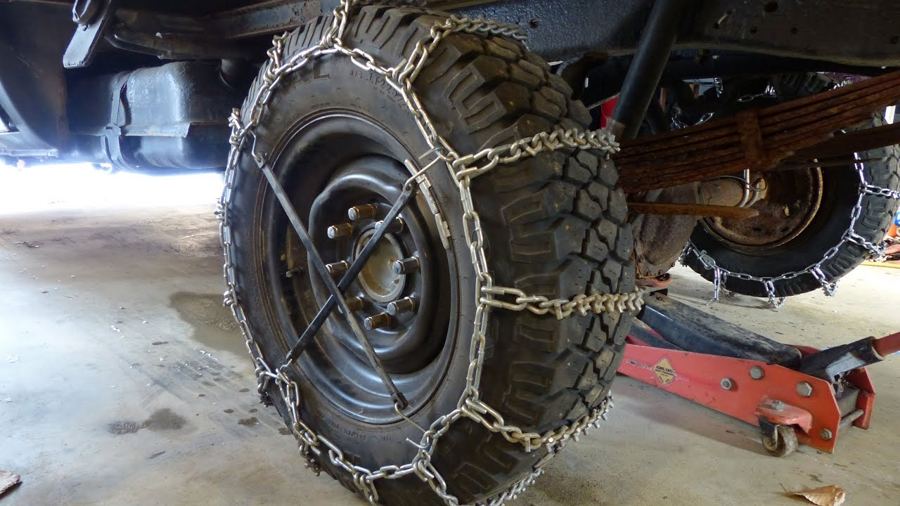 installing snow tire chains heavy duty cleated v bar chains on my plow truck youtube. Black Bedroom Furniture Sets. Home Design Ideas