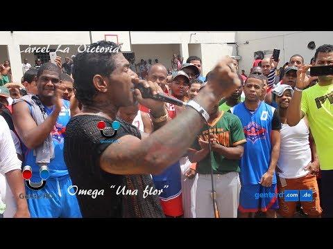#GenteRD Omega canta a compañeros en cárcel La Victoria tema
