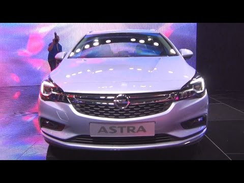 Opel Astra Sports Tourer (2016) Exterior and Interior in 3D