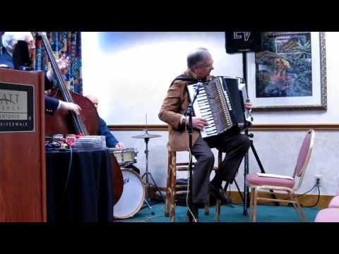 Kenny Kotwitz BluesBox Demo, San Antonio Rose, Part 4 of 12