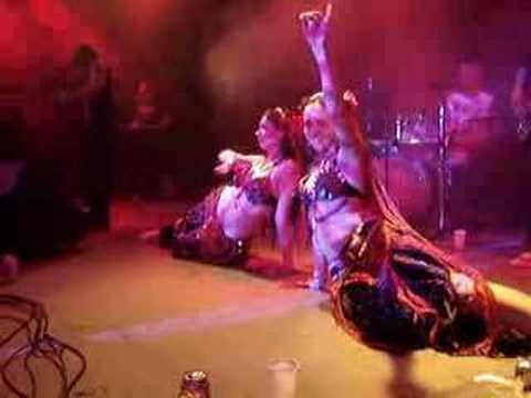 Baixar Black Dog Brazil & Tribal Belly Dance (Kashimir) ao vivo