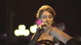 Dolunay Obruk - Aşık Olmak İstemem (live) 2013