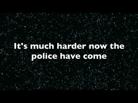Robbers - The 1975 lyrics
