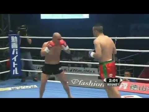 Melhor luta de todos os tempos - Mike Zambidis vs Chahid   2010 K1 Final 16 PART 1/2