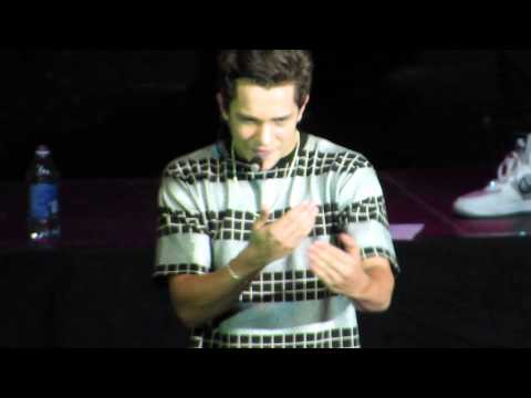 Baixar Austin Mahone - What About Love - Amp Live 2014, Detroit