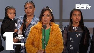 Lauren London & Family Accept Humanitarian Award On Behalf The Late Nipsey Hussle | BET Awards 2019