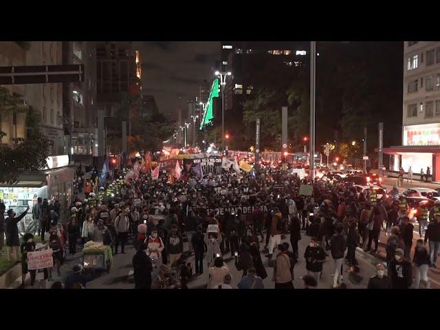 警貧民區緝毒釀多死 近千名巴西民眾抗議