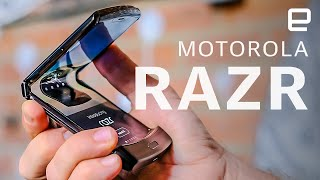 Motorola Razr hands on: The revived RAZR is a fashion-forward foldable