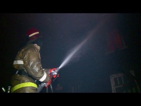 Под Архангельском от огня пострадал 2 этажный жилой дом