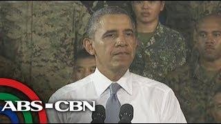 Obama gives a speech in Fort Bonifacio