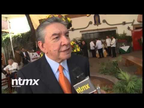 Cumple 80 años Marco Antonio Muñiz