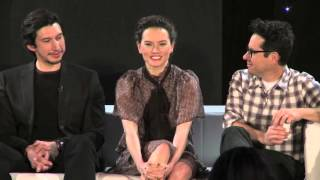 "Daisy Ridley sings ""iconic"" song from Mulan at Star Wars press event"