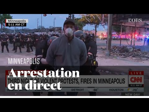 Un journaliste de CNN menotté en direct alors qu'il couvrait les émeutes à Minneapolis
