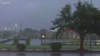 Heavy Rain and Debris Flying In Florence County
