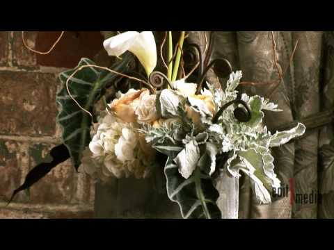 Bella Signature Design - Boquets by Bella Signature Design featured in Seattle Bride Magazine