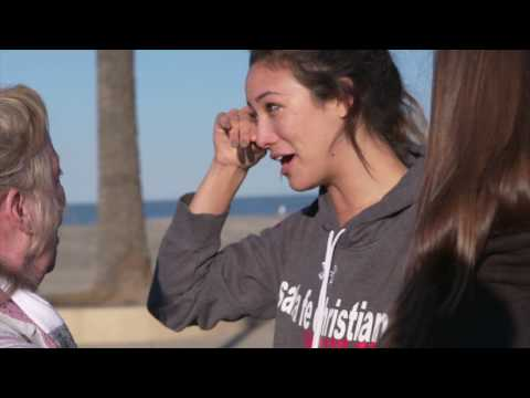 Olympian and pro beach volleyball player April Ross surprises senior outside hitter Lexi Sun (Santa Fe Christian High School; Solana Beach, Calif.) with the 2016-17 Gatorade National Volleyball Player of the Year Award at Moonlight Beach on Wednesday, January 25, 2017. Ross, riding an ice cream cart bicycle, surprised Lexi with the award while she was in the middle of a playful volleyball match with teammates.