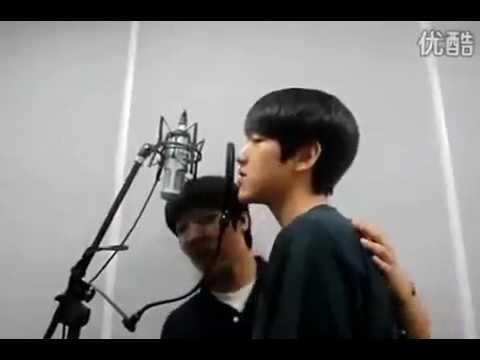 [Pre-Debut] EXO's Baek Hyun with his friend sings Love Light(CNBlue)