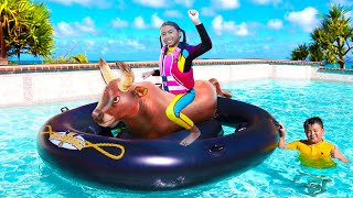 Inflatable Bull Swimming Pool Float Toy Pretend Play with Wendy and Alex
