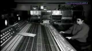 Michael Jackson: The Genius in the Studio Recording and says hi in italian. ( Sub Ita)