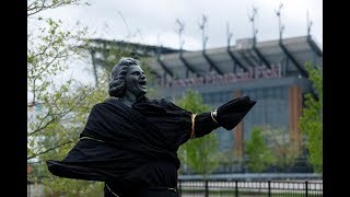 Wildwood mayor says town will take Kate Smith statue removed by Flyers
