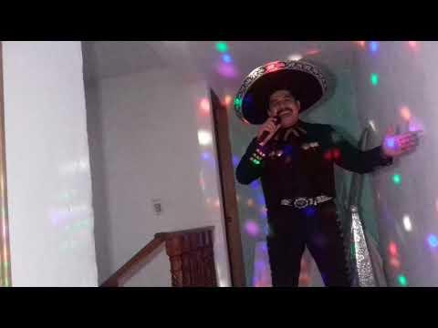 Artista cantante de ranchero